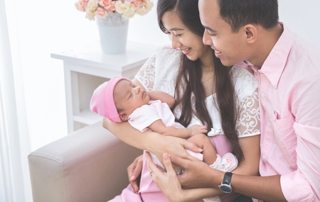Baby With Couple (2)-1